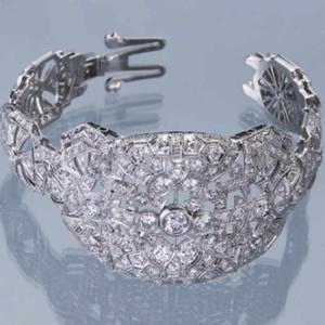 Роскошный объёмный ажурный браслет с бриллиантами, ажурная застежка